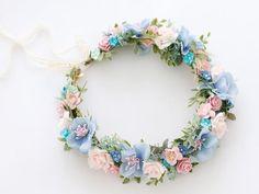 Pretty blue and pink flower crown Wedding Flower Guide, Flower Crown Wedding, Wedding Flowers, Blue And Blush Wedding, Dusty Blue Weddings, Flower Tiara, Flower Crowns, Pink Crown, Pink And Blue Flowers
