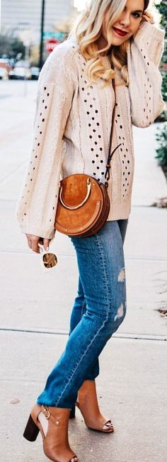 Don't worry, you can still look gorgeous during the cold winter months. Don't miss out on this season trends. Too many layers and you're sweating before. Cute Spring Outfits, Fall Fashion Outfits, Fall Winter Outfits, Autumn Fashion, Cute Outfits, Casual Outfits, Women's Fashion, Beige Coat, Trends