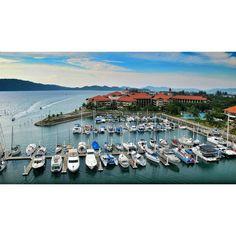 Having a nice view of the yacht harbour at Sutera Harbour Resort Hotel at Kota Kinabalu in Sabah. #travel #cool #repin #tomboy #women www.tomboy-tarts.com
