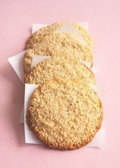 The World's Easiest Cookies Just Happen to Be Paleo, Vegan, and Gluten Free! These easy desserts are actually pretty healthy as far as desserts recipes are concerned! Quick and simple enough for kids (Paleo Baking Powder) Paleo Dessert, Coconut Dessert, Dessert Recipes, Almond Flour Cookies, Almond Flour Recipes, Paleo Cookies, Vanilla Cookies, Easy Gluten Free Cookies, Maple Syrup Cookies