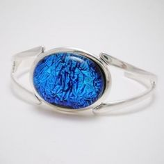 Bracelet Silver - Crinkle Blue Oval Glass Cabochon $34.95