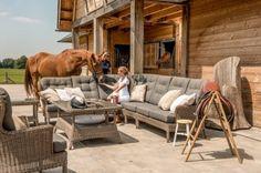4-Seasons Buckingham loungeset, echte chesterfield loungebank bestel eenvoudig online bij Van der Garde Tuinmeubelen
