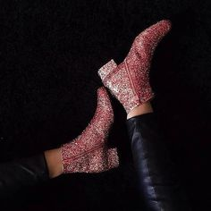 Item heel_height : Mid Heel Season : autumn,Winter embellishment : Sequins Occasion : Basic Pattern Type : Plain Style : European and American Style Upper Material :. Low Heel Boots, Low Heels, Heeled Boots, Ankle Boots, Combat Boots Shorts, Glitter Boots, Casual Date, Sequin Shorts, Fashion Shoes