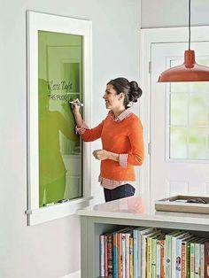 Pintar cristal por detrás y enmarcarlo= pizarra cocina