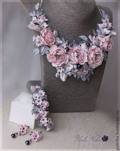 """Купить Комплект """"Розовый туман"""" - бледно-розовый, розовый, дымчатый, колье с цветами, ожерелье с цветами"""