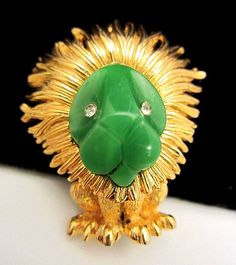 """Rare Vintage 1-1/4"""" Signed/Numbered Boucher Gold Tone Jade Lion Brooch Pin A3 #Boucher"""