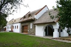 Click to Close Rural House, Texas Homes, Home Fashion, Country Life, Hungary, Farmhouse, Mansions, House Styles, Modern