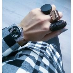 #Swatch BLACK GHOST ©kmbr_lee