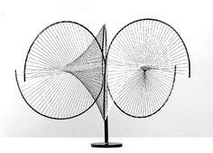 Hyperbolic surfaces, 1958–59 Lecturer: Tomás Maldonado Students: L. Fünfschilling, W. Wurm Photo: HfG Archive