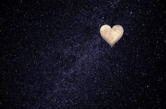 Love Images, Pictures Images, Free Pictures, Fly Love, Cute Love Heart, Happy Photos, Cool Photos, Public Domain, Heart Touching Pics