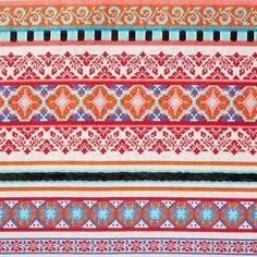 4b0293fd377f Collection Matriochka Tissu jacquard ethnique Lisbonne chez Mondial tissu