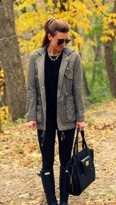 black leggings + black top + J.Crew crystal statement necklace + Barbour jacket + black purse (fall look book) Fashion Mode, Look Fashion, Womens Fashion, Fashion Trends, Fall Fashion, Street Fashion, Runway Fashion, Luxury Fashion, Mode Chic