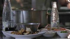 Recetas VICHY #12  Es tiempo de legumbres y de setas, y el chef David Heras Fayos lo sabe. Por eso en esta receta, cuyo ingrediente principal es el agua mineral natural carbónica Vichy Catalán, nos descubre el secreto para cocinar un plato de cuchara delicioso, saludable y nutritivo.  ¡Que aproveche!