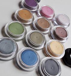 I have 3, but I want moaaaaaaar!!!!!!    Shiseido Shimmer Cream e/s