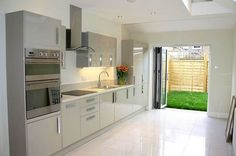 Kitchen Extension Leading To Backyard Home Decor Kitchen, Kitchen Living, New Kitchen, Kitchen Ideas, Kitchen Units, Kitchen Designs, Kitchen Diner Extension, Open Plan Kitchen Diner, 1930s House Extension