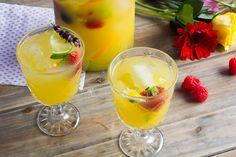 Zomertip: heerlijke sangria met gin en cava