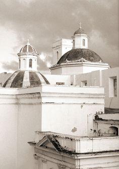 san juan, puerto rico. photography by aaron delesie
