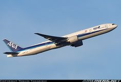 Boeing 777-381/ER aircraft picture