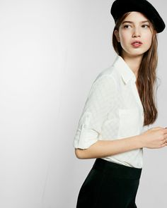 A merger of classic shirt confidence and effortlessly sexy style in luxe, semi-sheer crepe, our best-selling original fit Portofino Shirt tucks perfectly into a pencil skirt or flare jean. Try a dotted print for a playful update on the silhouette.