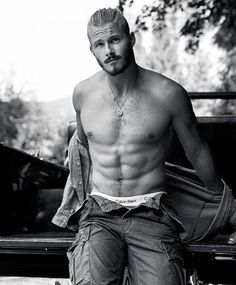 Alexander Ludwig photographed by Chris Haylett for. - Ludwiggers™You can find Alexander ludwig and more on our website.Alexander Ludwig photographed by Chris H. Viking Men, Viking Shop, Vikings Tv Show, Ragnar Lothbrok, Hommes Sexy, Male Model, Hot Actors, Shirtless Men, Male Physique