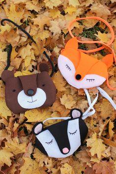 Wer mag sie nicht? Fuchs, Igel und Reh? Jetzt passend zur Jahreszeit habe ich diese süßen Taschen aus Filz für Euch. Genauere Anleitung gibt es bei mir auf dem Blog! http://pfefferminzgruen.blogspot.de/2015/11/tierische-umhangetaschen-fur-kinder.html