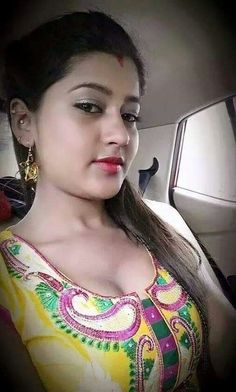 beautiful girl boob Indian