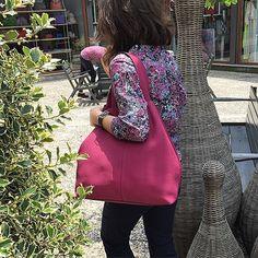 Bonvien...Dali... #bonvienleather #leatherbag #summertime #summerbags #colors #design #deri #handmade #yerlimali #elyapimi #bonvien #fashion #freeshipping #leatherlove #welovecolors #bursa #bamboopark