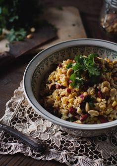 Salade de riz mexicaine Salads to Try Raw Food Recipes, Veggie Recipes, Salad Recipes, Cooking Recipes, Healthy Recipes, Vegan Food, Rice Salad, Soup And Salad, Easy Salads