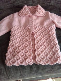 9 Tips for knitting – By Zazok Crochet Baby Jacket, Baby Cardigan Knitting Pattern, Knit Baby Dress, Knitted Baby Cardigan, Knit Baby Sweaters, Knitting Stiches, Baby Knitting Patterns, Knitting Designs, Baby Patterns