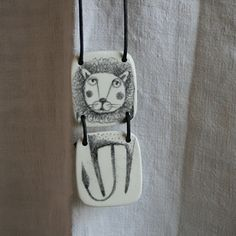 Serena Balbo - too cool! Imagine other articulated creatures as necklaces! Oh the potential!