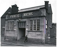 Garston Baths ~ I used to go swimming there when I was a kid! Liverpool Town, Liverpool History, Liverpool England, British Rail, Historical Pictures, Great Britain, Old Photos, Swimming Pools, Tours