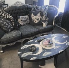 Love this table paint!! And the couch!!