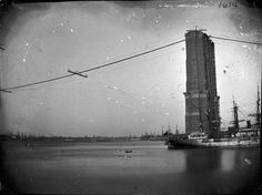 Brooklyn Bridge under construction.