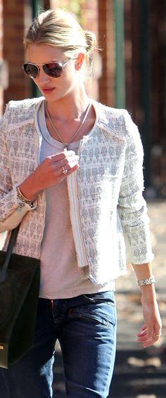Rosie Huntington-Whiteley wearing Burberry Eyewear