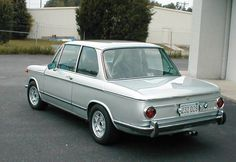 Full Korman Restoration: 1972 BMW 2002tii