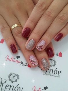 29 Modelos de Unhas com Glitter maravilhosas Pretty Gel Nails, Fancy Nails, Gorgeous Nails, Love Nails, My Nails, Gel Nail Art Designs, Nails Design, Red Acrylic Nails, Powder Nails