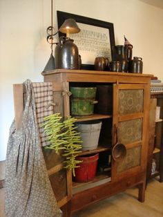 Farmhouse Primitive