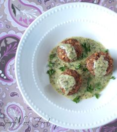 vegetarian meatballs in pesto cream sauce... Looks YUMMY!