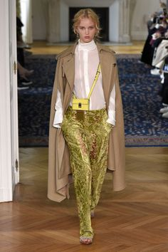 Valentino   Ready-to-Wear Spring 2017   Look 25