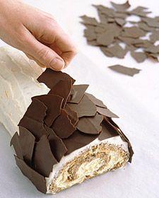 Orange Walnut Buche De Noel Tutorital - #Holiday Recipe #Christmas #Log Roll #Cake Chocolate