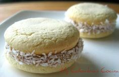"Alfajores de Maicena or Corn Starch Biscuits. I love baking and this recipe is one of my favorite ""colaciones"". These biscuits are simply delicious and very popular in Latin America. (And this time I have to recognize I had some help). Colombian Desserts, Colombian Dishes, My Colombian Recipes, Colombian Cuisine, Bolivia Food, Yummy Treats, Delicious Desserts, Canapes Recipes, Dessert Bread"