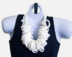 Bufanda trenzada collar de tela de camiseta camiseta por ScarfAngel