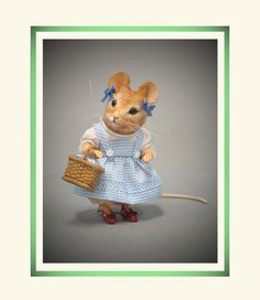 R John Wright Wizard of Oz - Dorothy Mouse