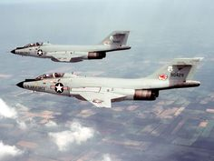 Picture of the McDonnell F-101 Voodoo