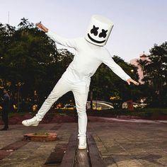 Music Mix, Music Love, Music Is Life, Cristian Daniel, Nothing But The Beat, Marshmello Dj, Marshmello Wallpapers, Dj Images, Flash Wallpaper