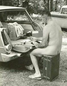 The reclusive JD Salinger spotted at a nudist getaway