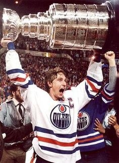 May 19, 1984 Wayne Gretzky & the Edmonton Oilers de-throned the four-time defending Stanley Cup champion New York Islanders four games to one in the Cup finals.