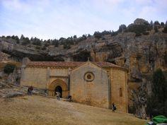 Publicamos la ermita de San Bartolomé en el Parque Natural del Cañón del Río Lobos. #historia #turismo http://www.rutasconhistoria.es/loc/ermita-de-san-bartolome-rio-lobos