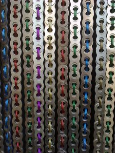 El Arte de Reciclar: Cortina hecha con chapas de latas de refresco y cordón de colores