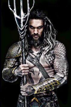 Vistazo a Jason Momoa como Aquaman